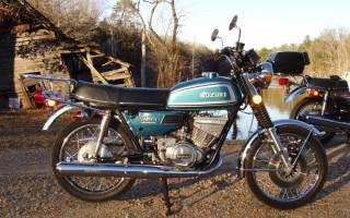 1974 SUZUKI GT250