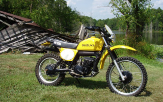 SUZUKI 1977 PE250